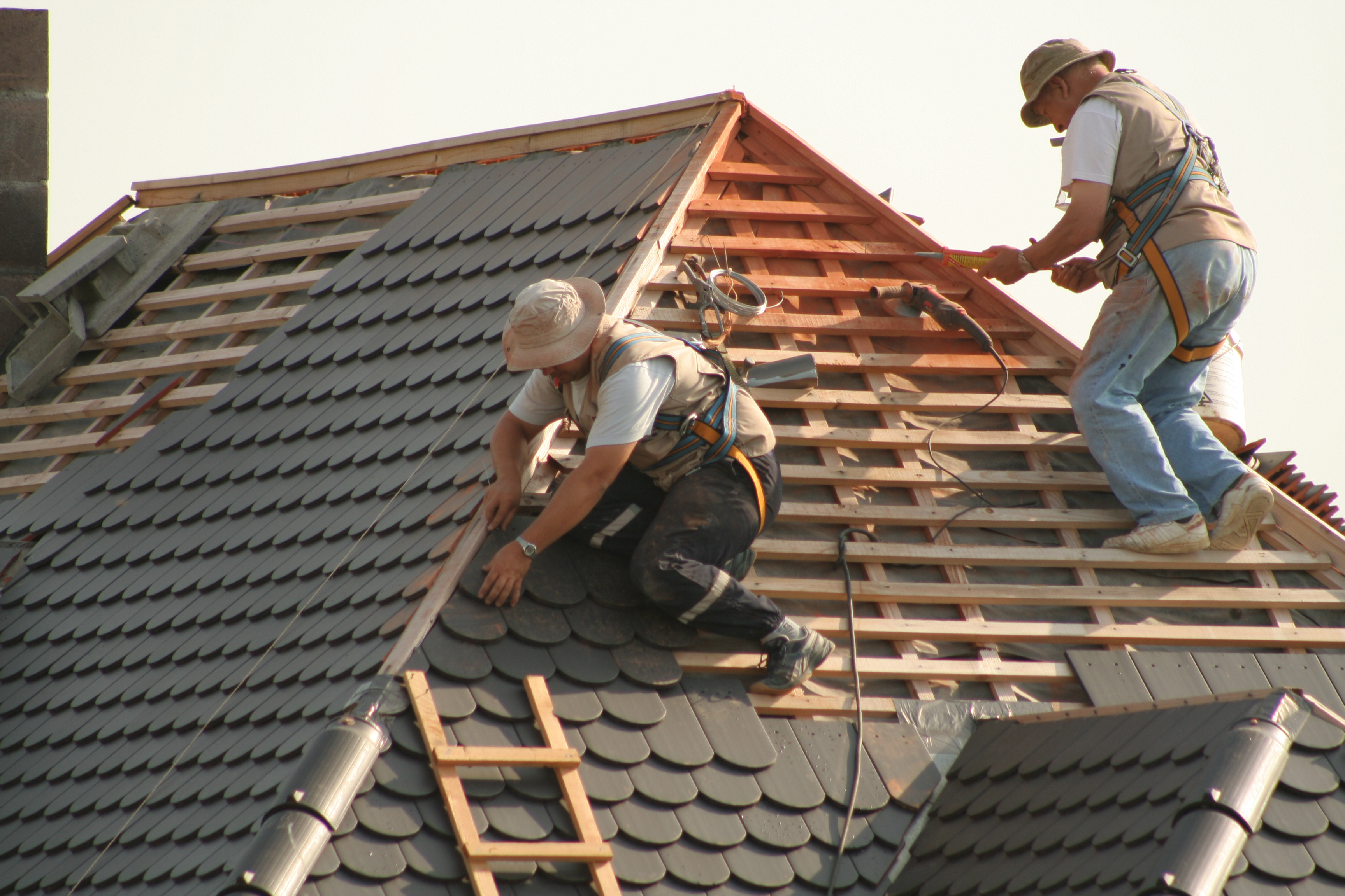 contractor app roofing projects